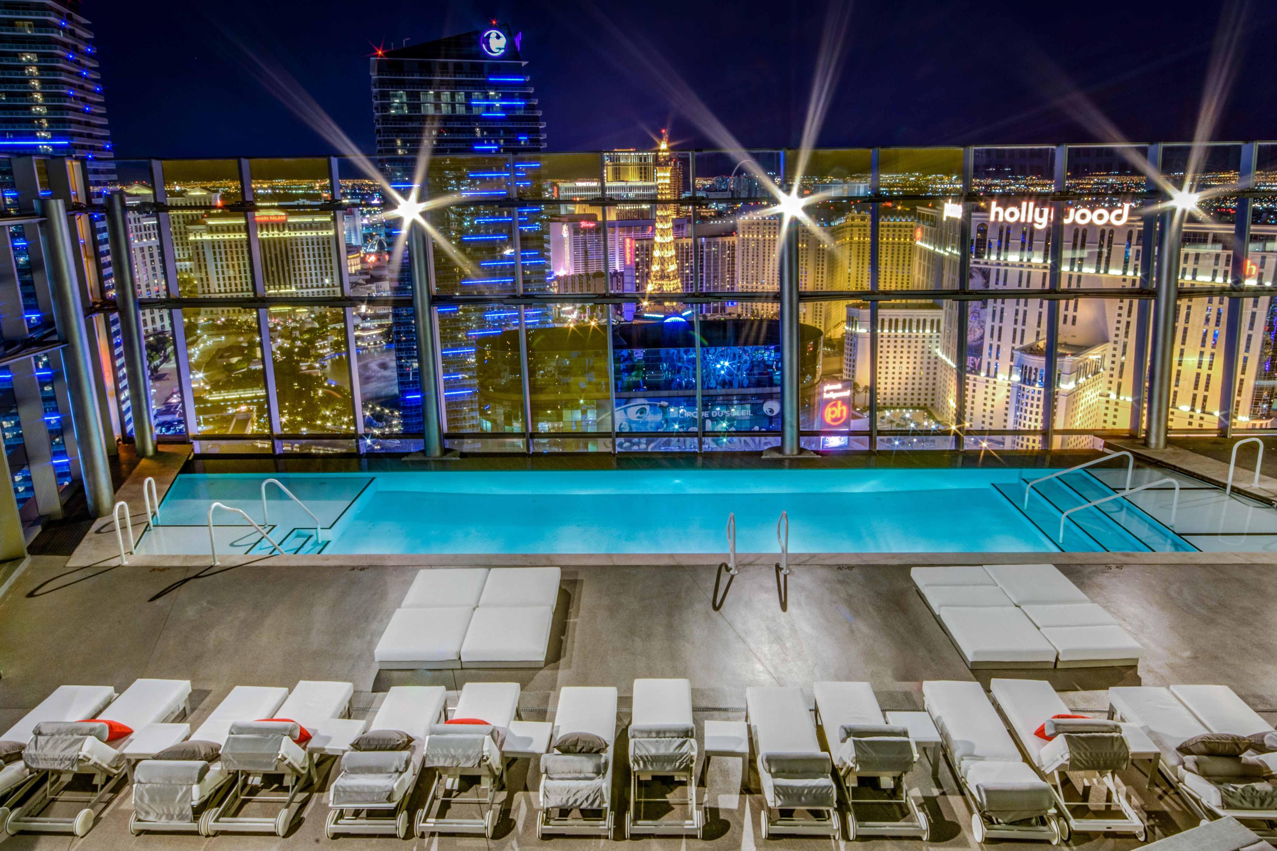 Veer-Towers-Condos-Las-Vegas-Rooftop+Pool-Deck