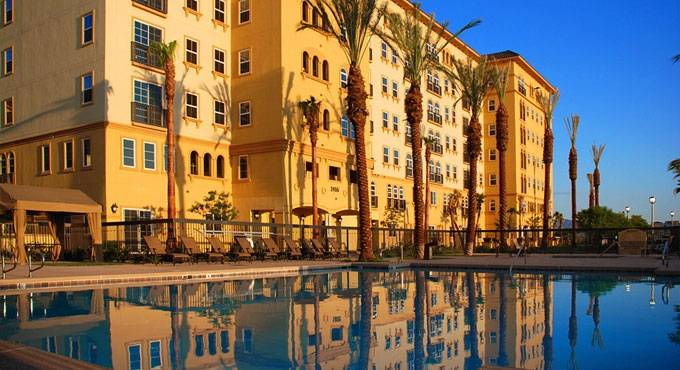 Las Vegas Condo Pool at Boca Raton South Strip