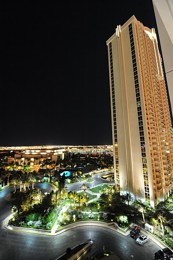 MGm Signature Night Views Las Vegas