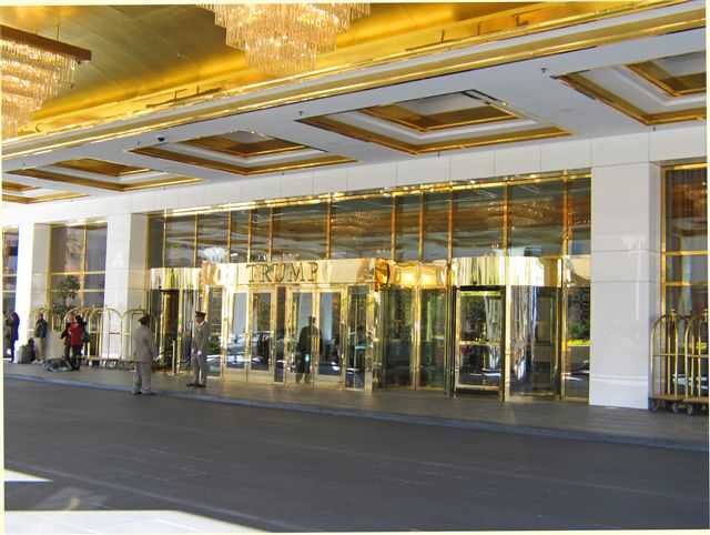 Trump Las Vegas Entrance and valet