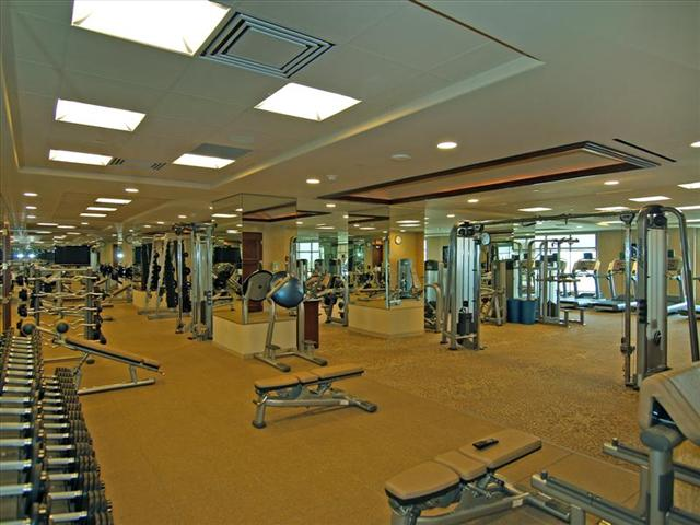 Queensridge Place Gym