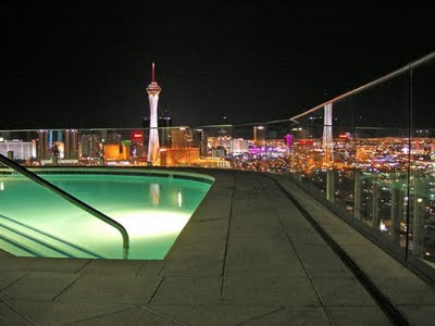 Newport Lofts Rooftop Pool